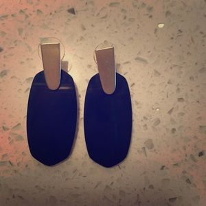 Black and gold authentic Kendra Scott earrings